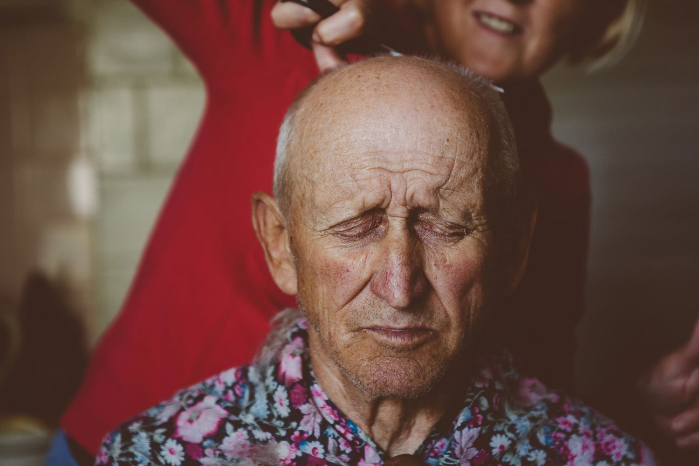 haircut at home grandparents portrait