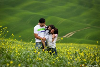 Family portrait photography   Val d'Orcia Photo session