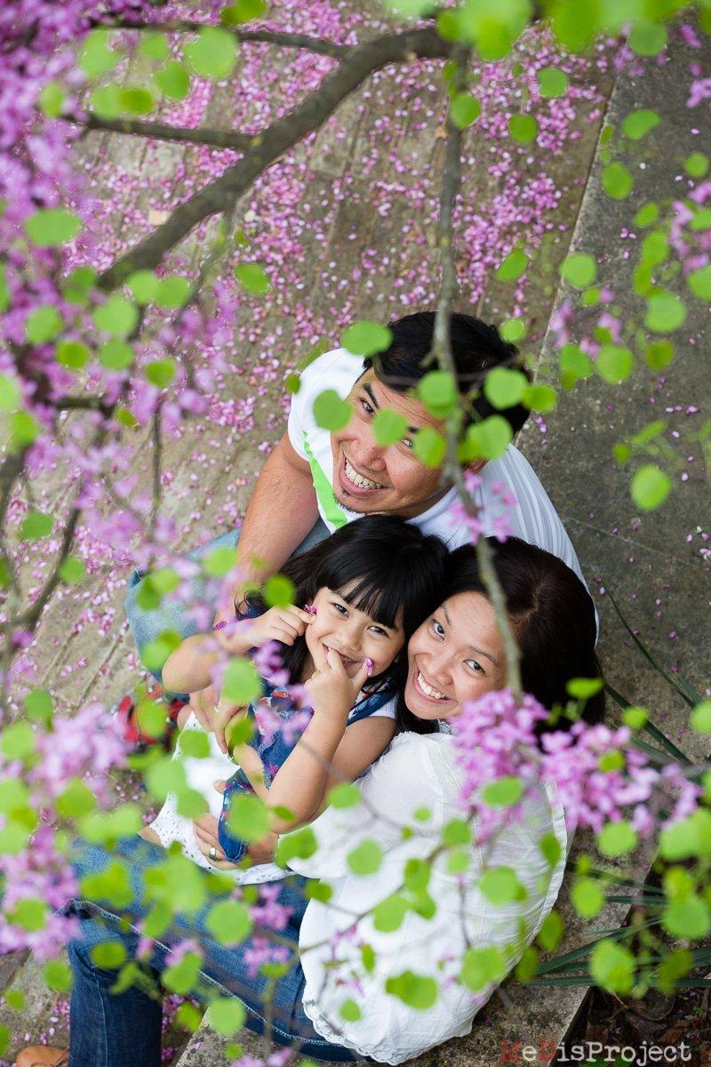 Springtime family shot in Italy