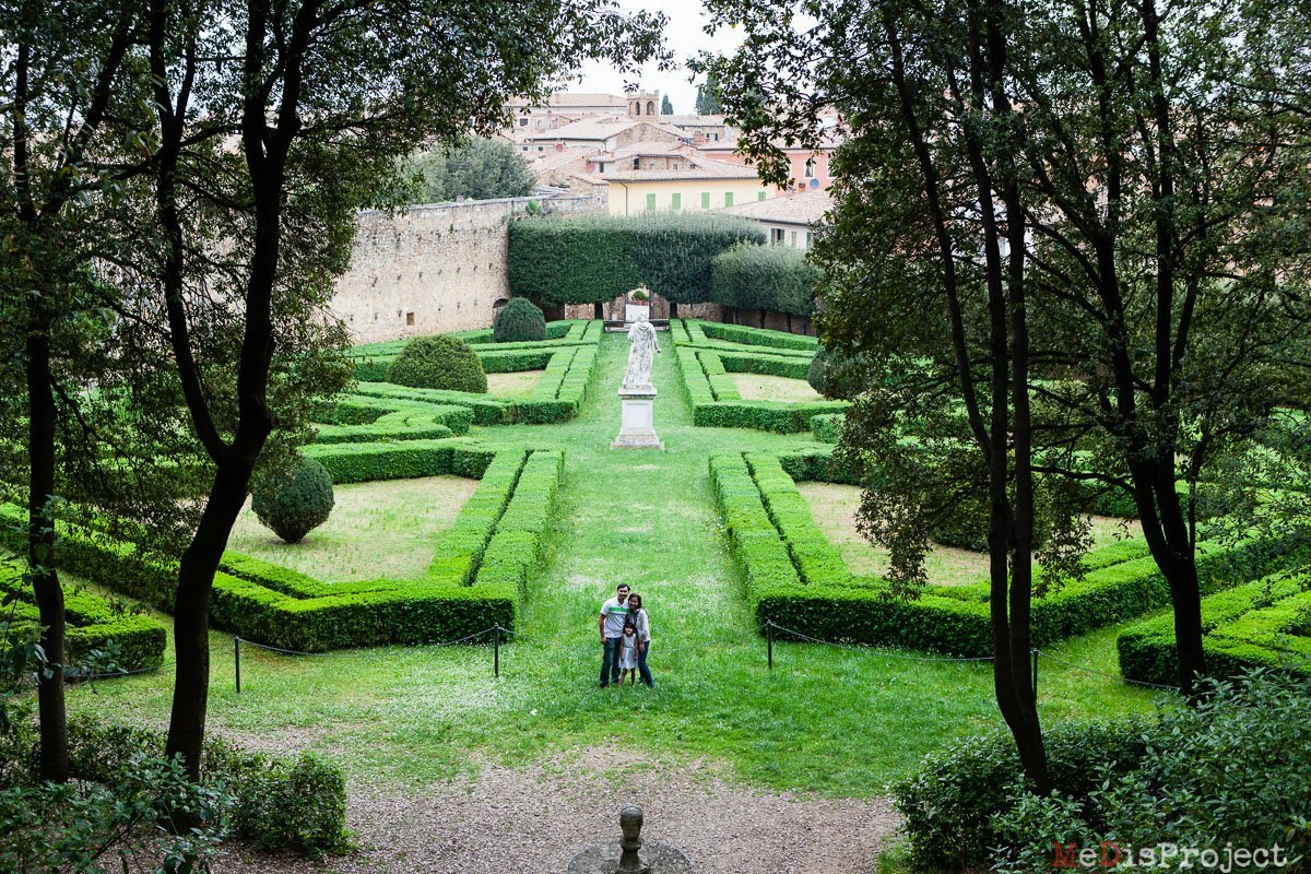 Singaporean family portrait in a park of San Quirico