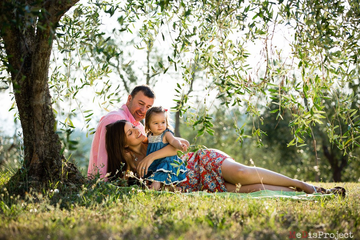 medisproject family photography in tuscany 013 Family Portrait Photography in Tuscany | Tokatlyan Family