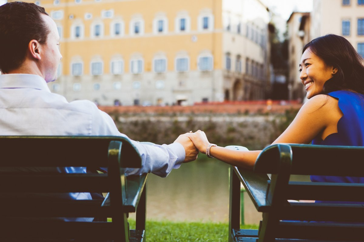 engagement photo session in florence, tuscany