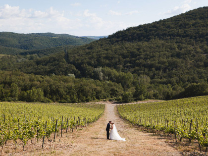 Wedding photographers in Meleto | Getting married in Tuscany
