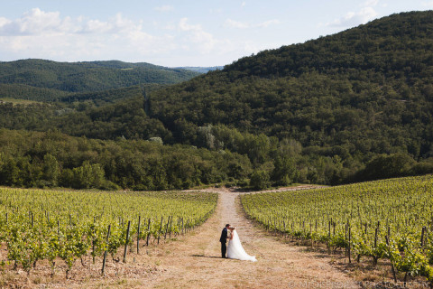 panoramic bride and groom picture