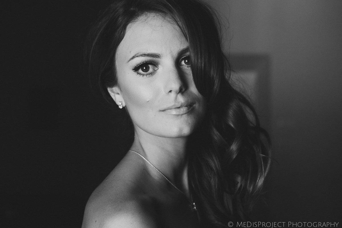 beautiful bride's portrait in black and white