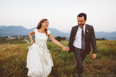 candid pictures with bride and groom in an evening light