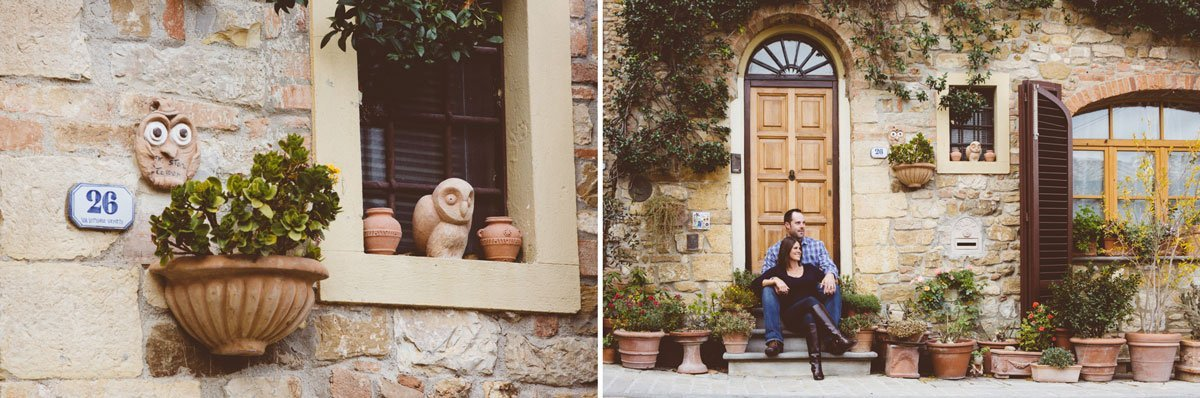 couple sitting on the steps of a door in Barberino Val d'Elsa