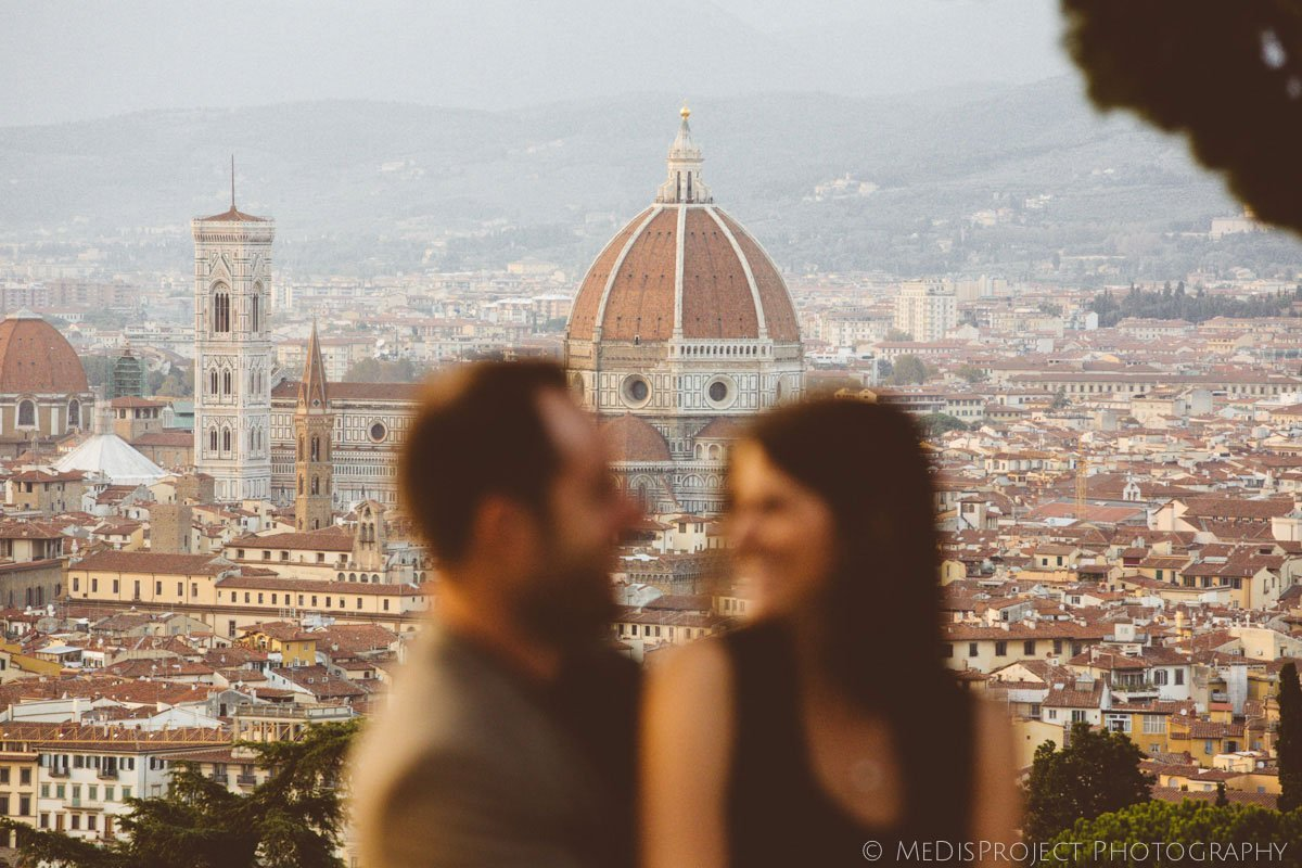 love story photo session in Florence