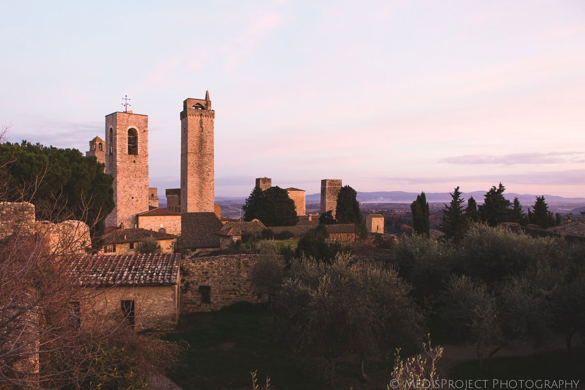San Gimignano Winter Elopement photographers