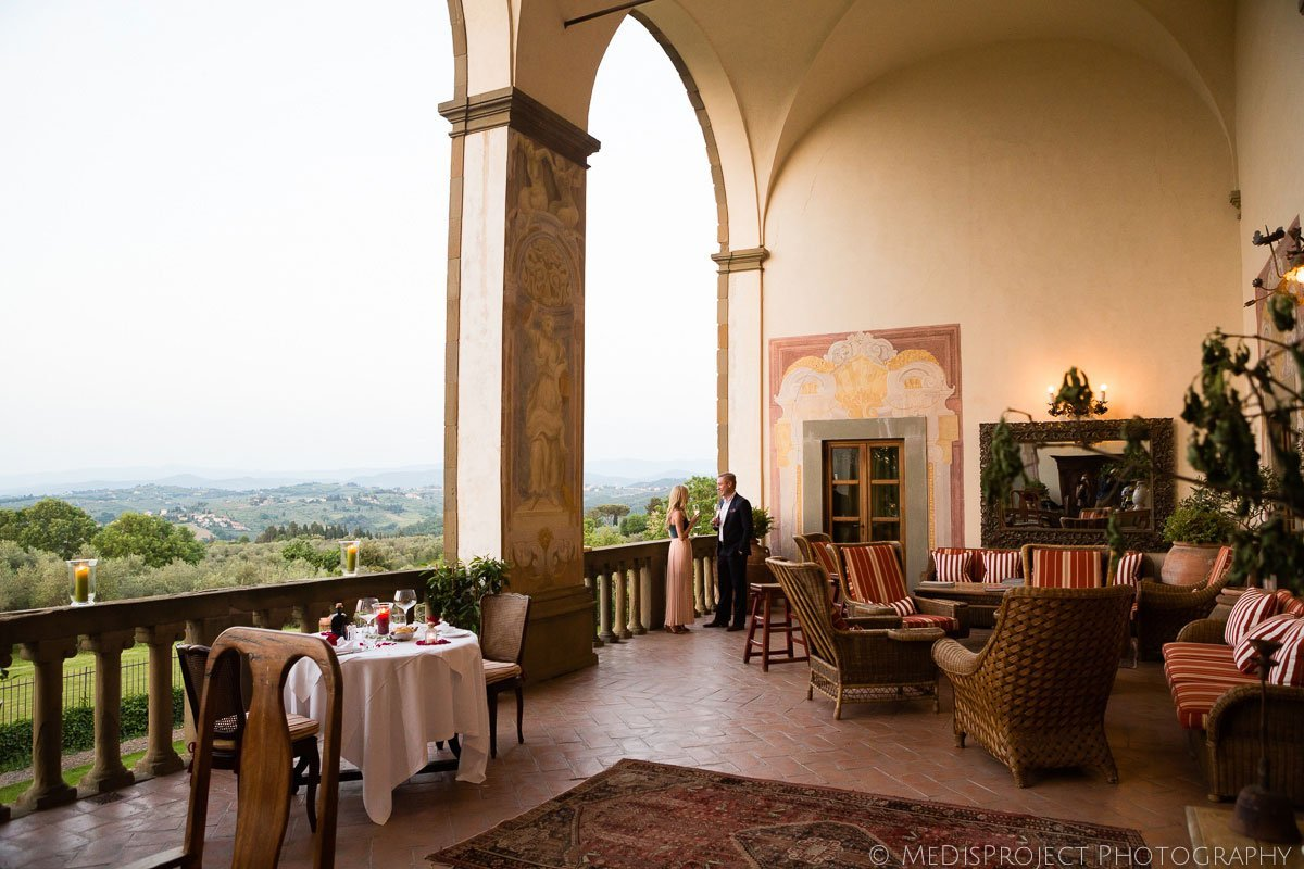 a romantic dinner in the terrace of villa mangiacane