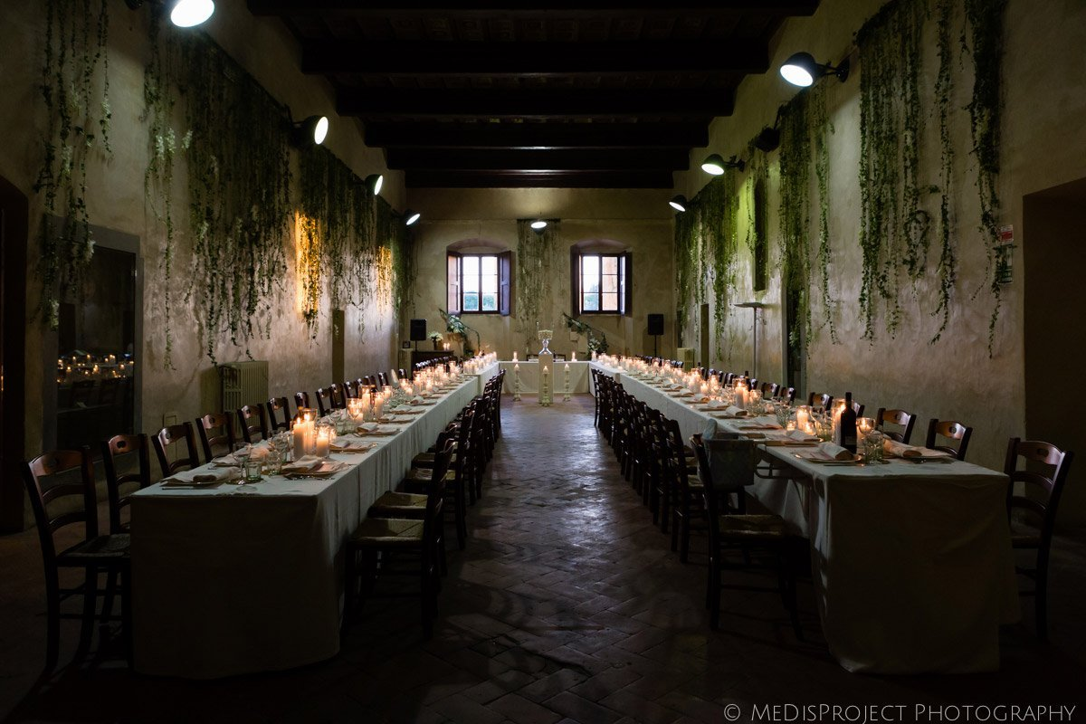 wedding dinner table at Antico Spedale del Bigallo in Florence