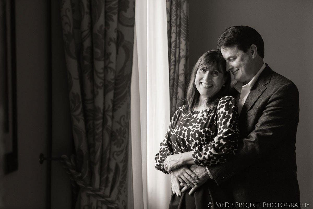 senior couple celebrating their wedding anniversary with a photo shoot