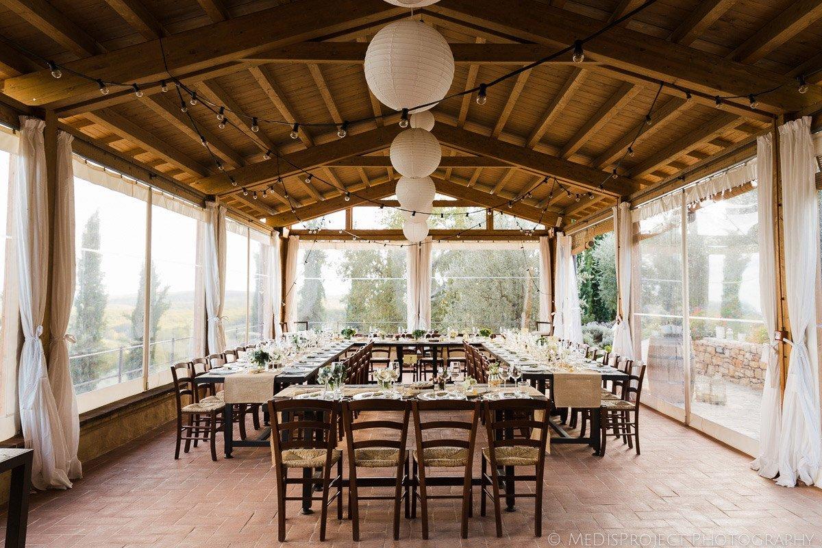 wedding dinner table decorations at Casa Cornacchi, Bucine