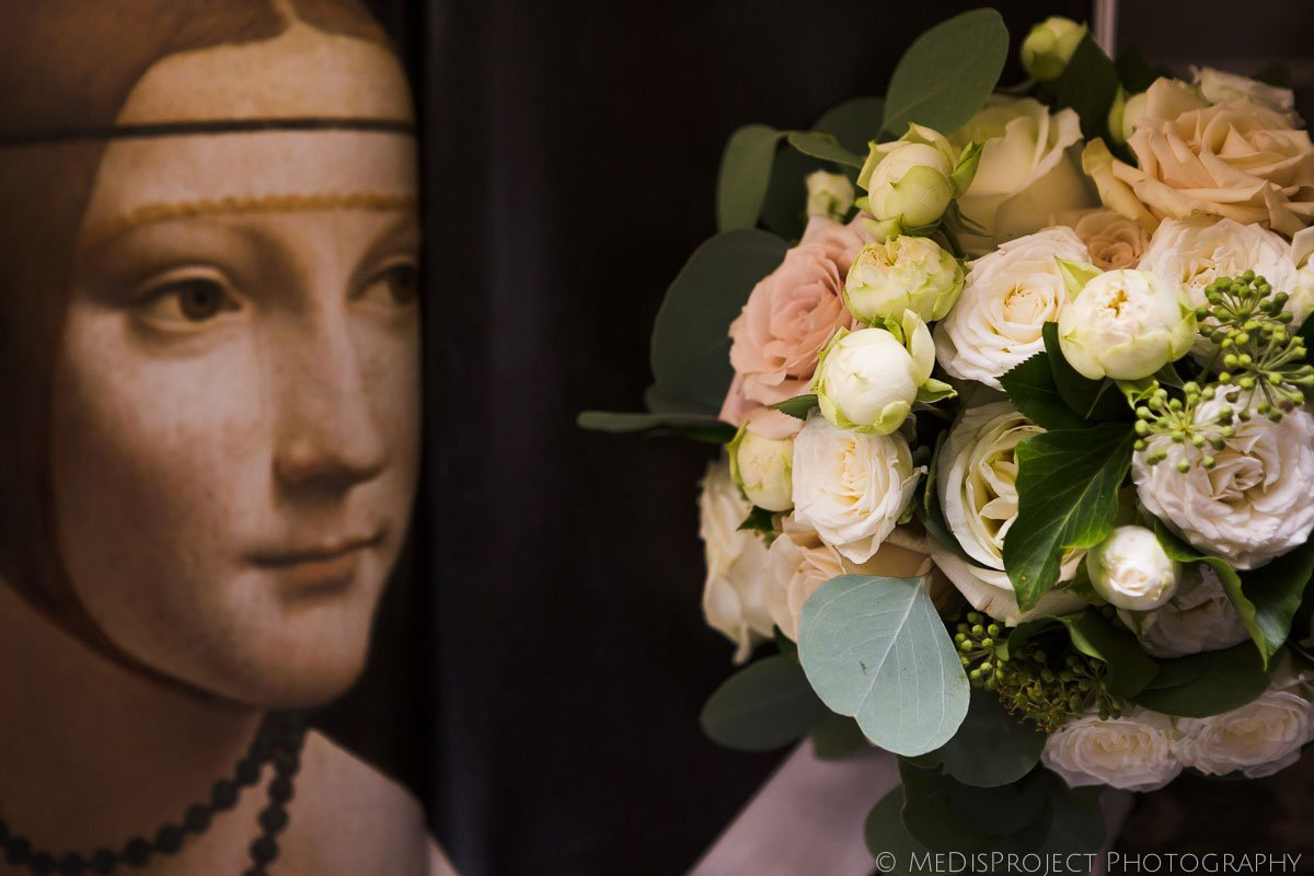 wedding bouquet and Leonardo's Cecilia Gallerani portrait detail