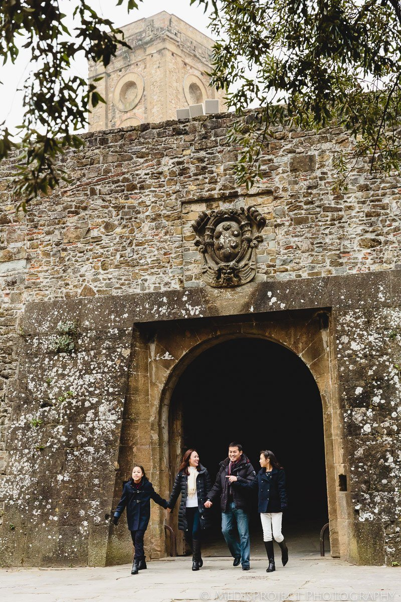 outdoor family portrait in San Miniato al Monte Florence