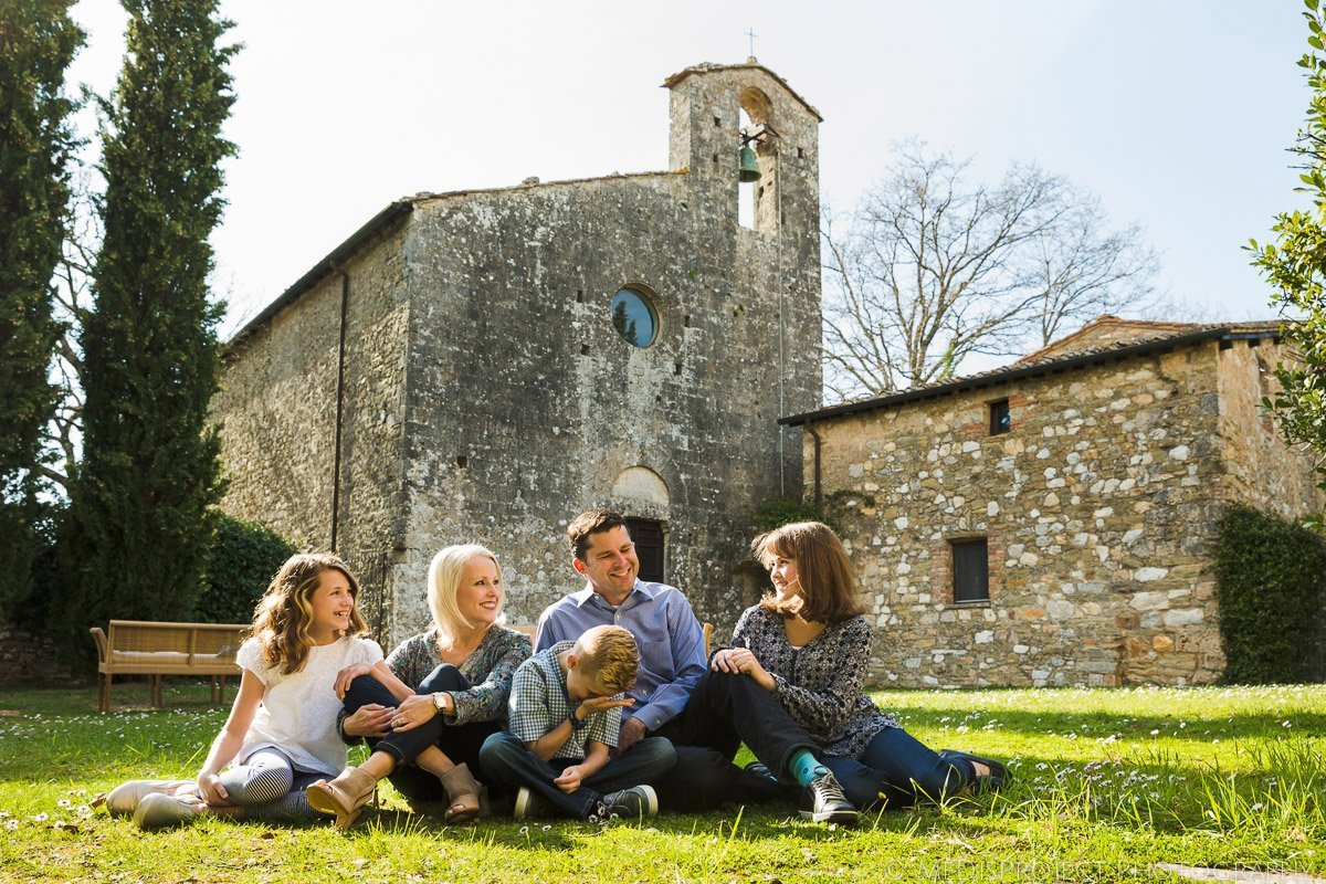 Inspirato Tuscan Luxury venues, family in Villa Bellezza garden
