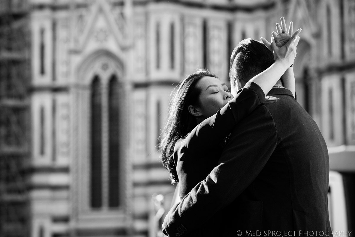 2_love-story-photographers-in-Florence-9964-