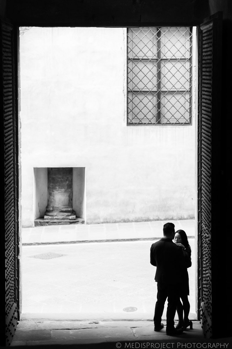 5_love-story-photographers-in-Florence-0099-