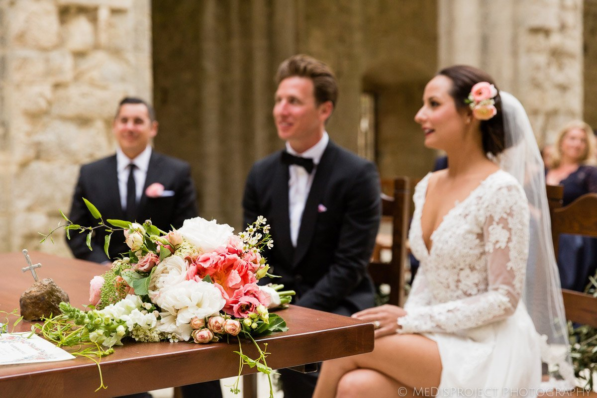 Italian wedding in San Galgano roofless church
