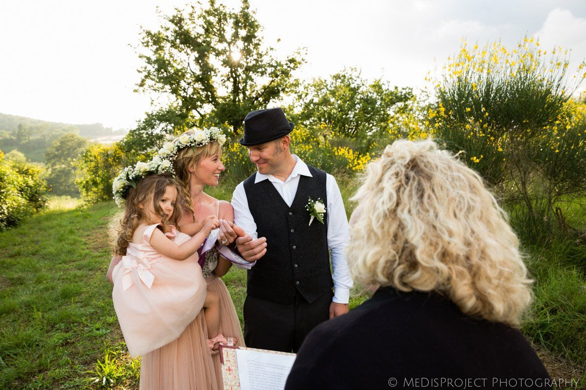Intimate countryside elopement in Tuscany