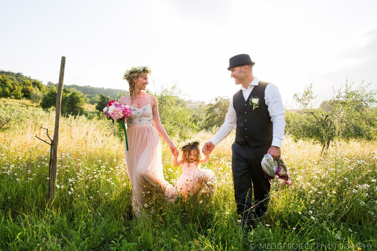 country elopement with a little family of three