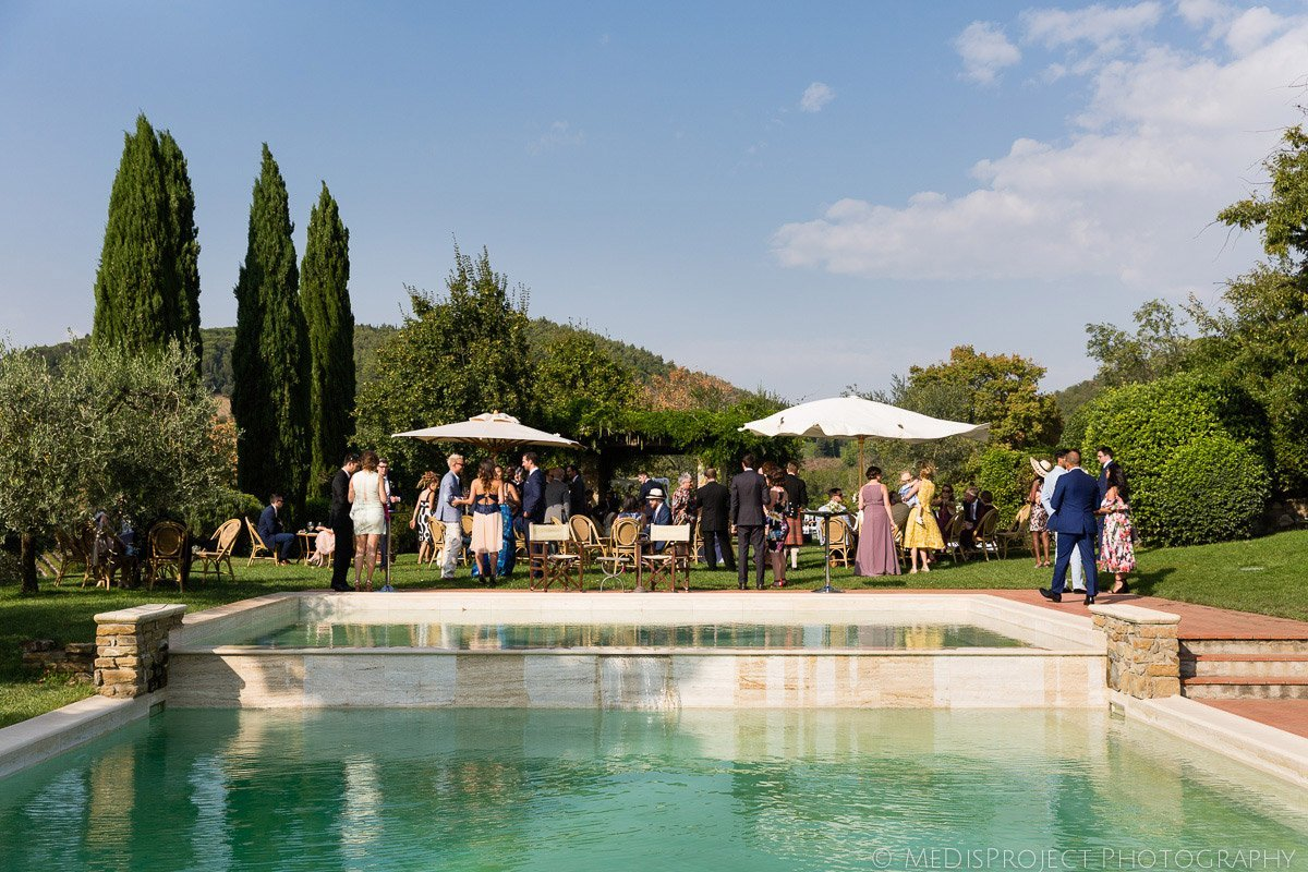 pool wedding reception at Antinori's Fonte dei Medici