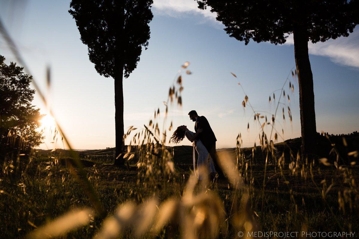 creative wedding photographers in Tuscany