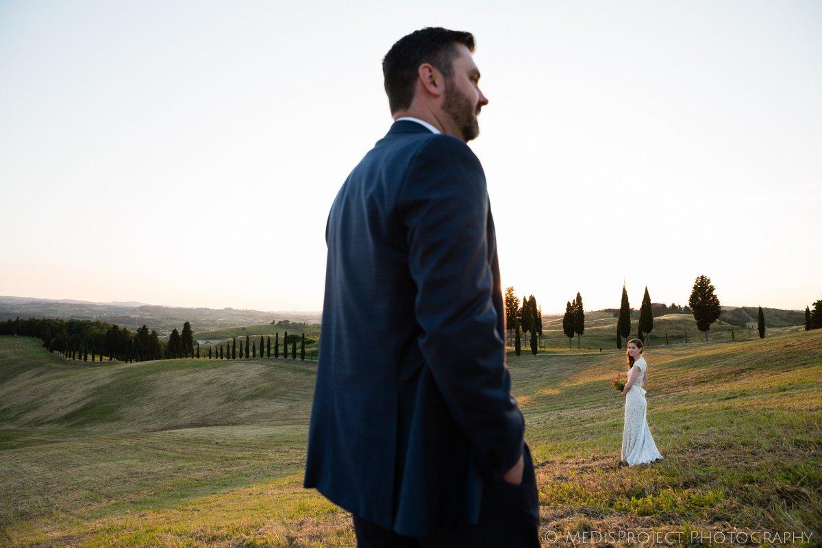 Bride and groom photo session in Certaldo