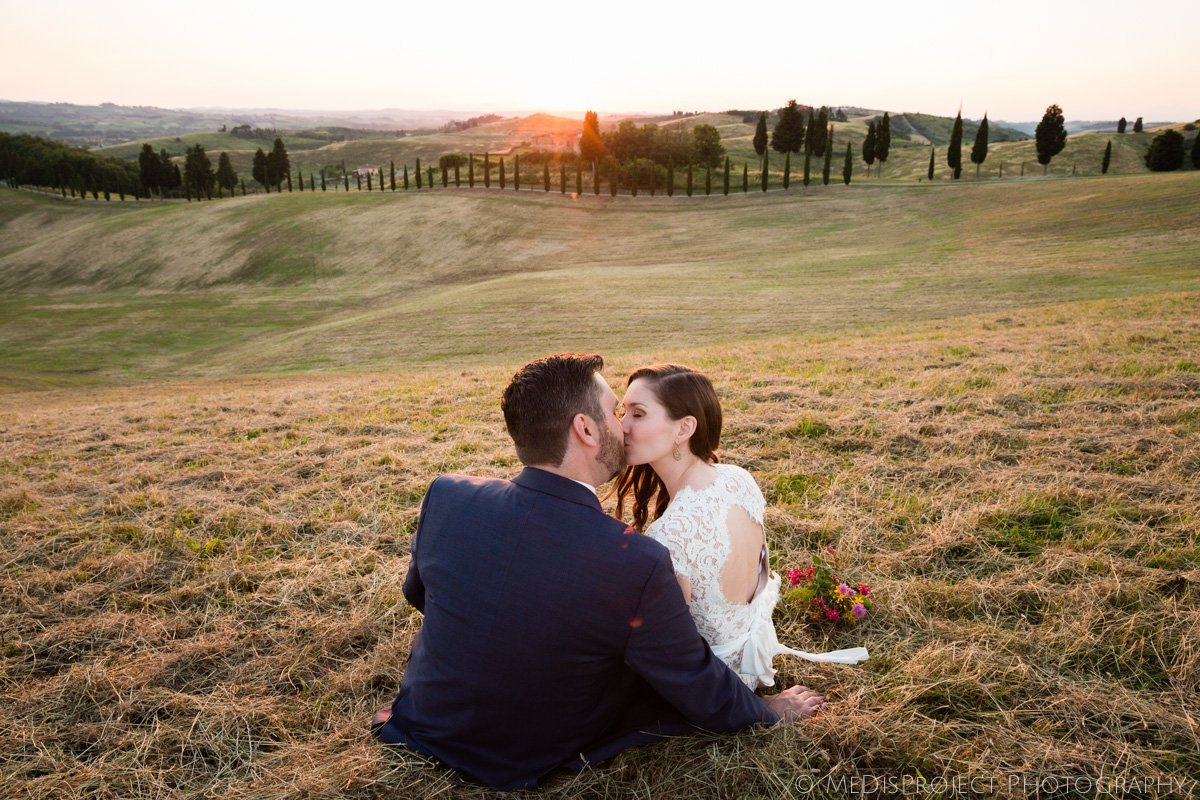Honeymoon photo session in Certaldo Italy