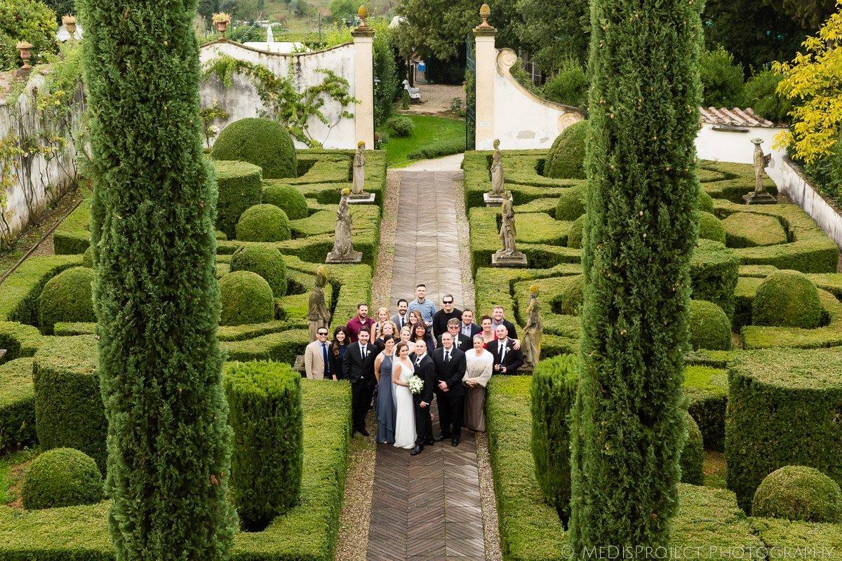 group photo in Italian garden at Villa le Piazzole