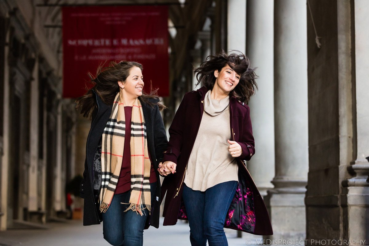 Lesbian couple photo session in Florence