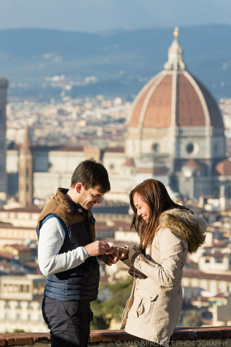 Surprise marriage proposal photo shoot in Florence