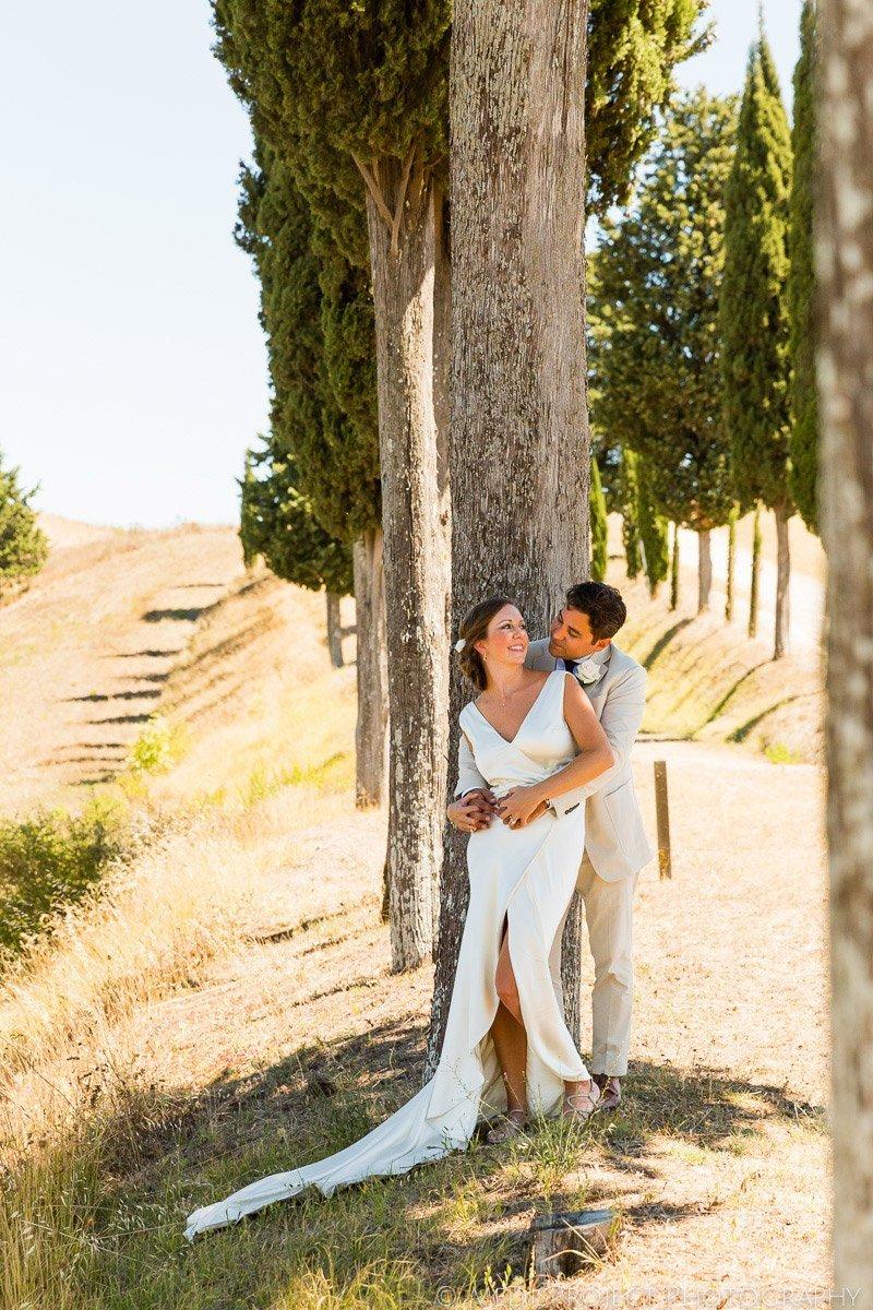 Romantic Elopement photos in Tuscany