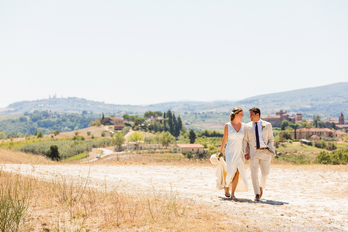 Romantic Elopement photographers in Tuscany