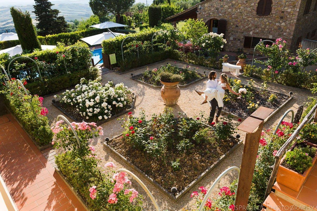 Rose garden at Podere le Monache in Iano