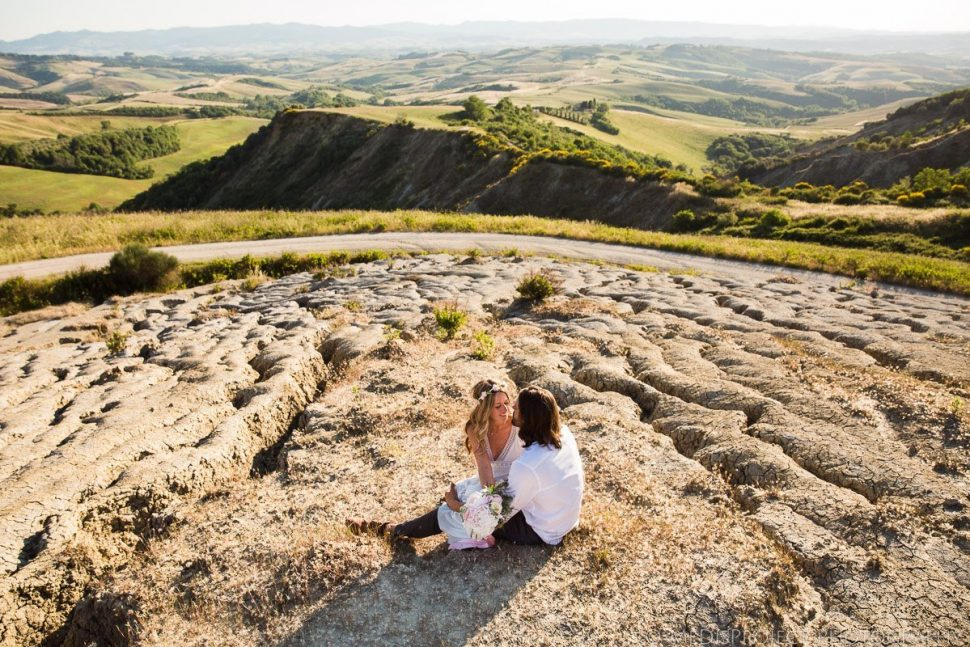 boho style romantic couple enjoying their time in Italy