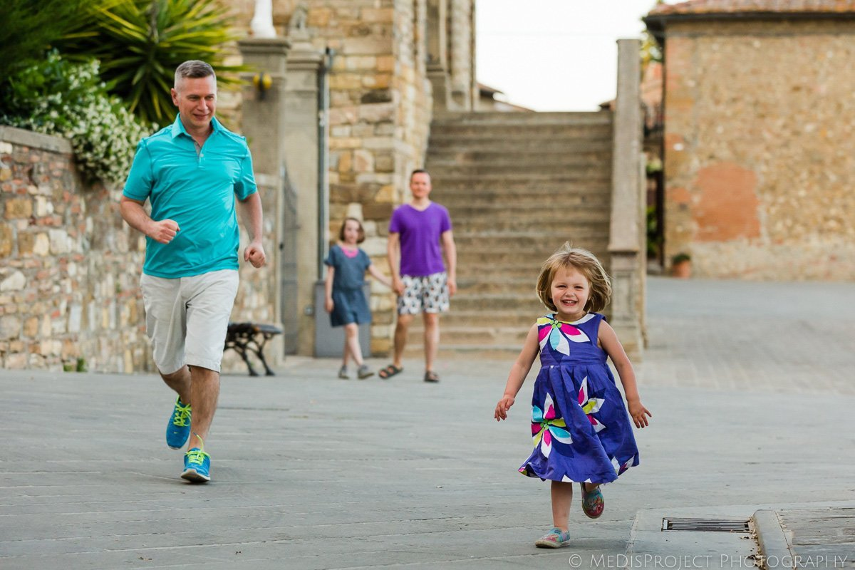 gay family photo session in Tuscany