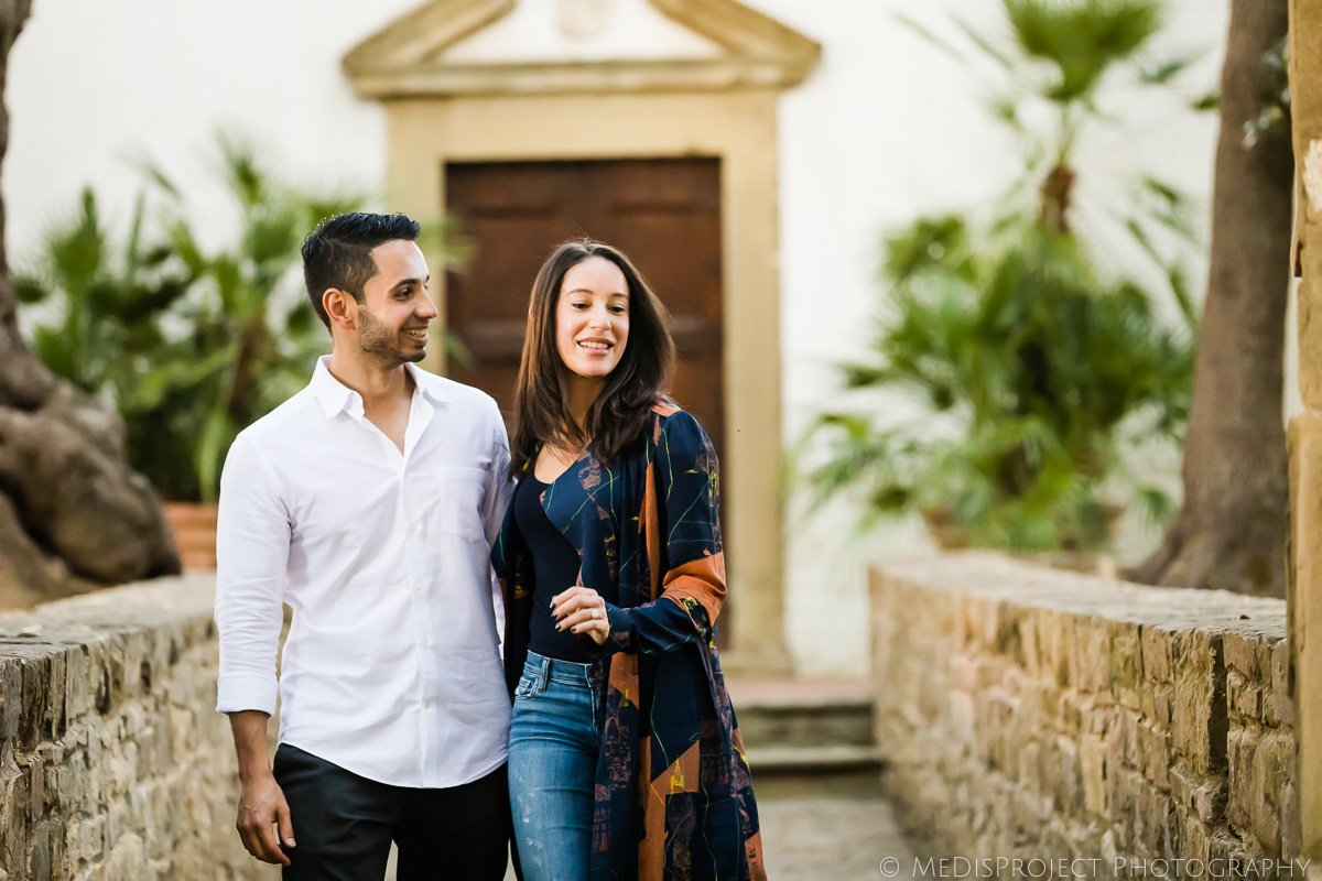 couple photographer at the Paneretta Castle in Chianti