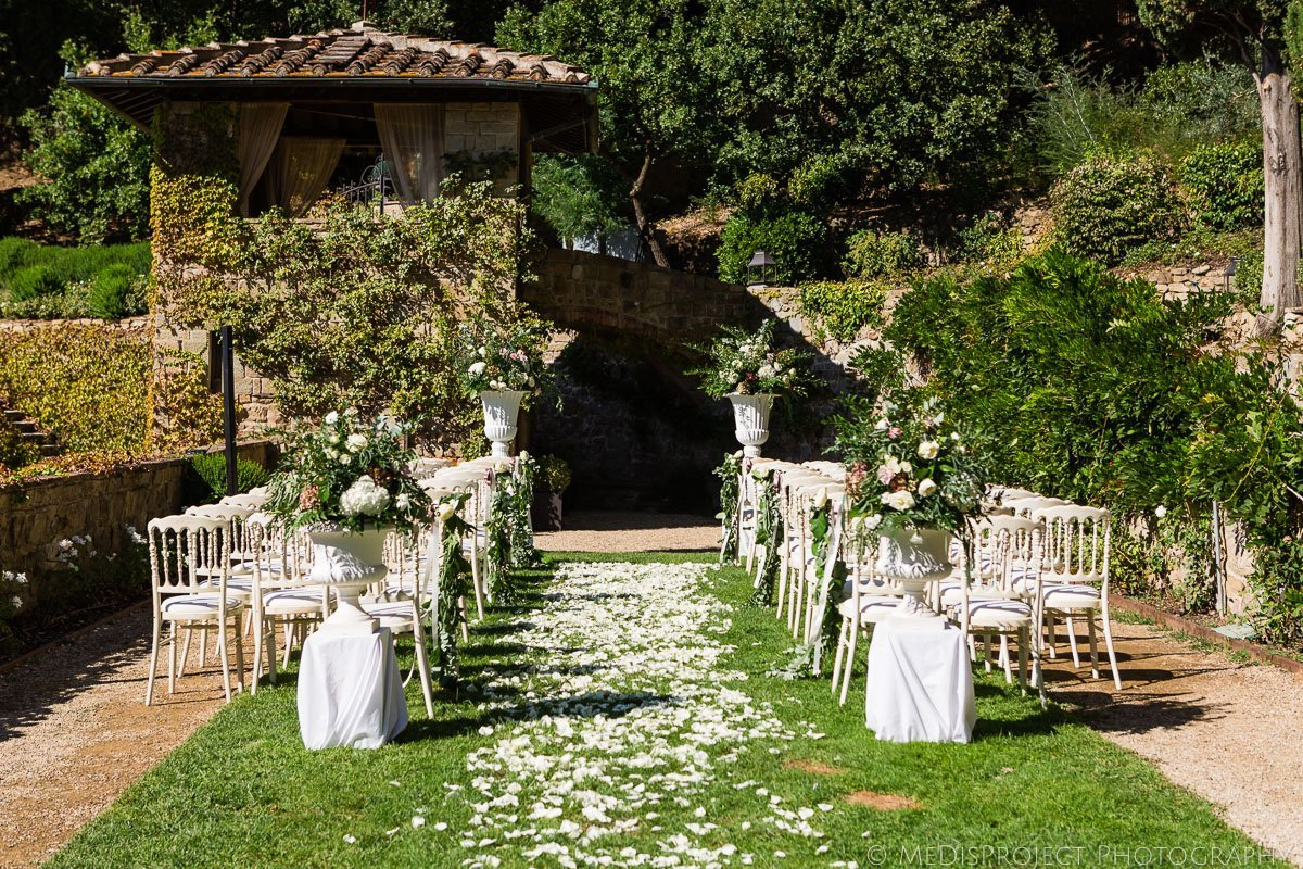 wedding ceremony setting at Villa le Fontanelle in Florence