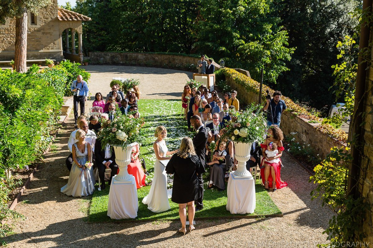 wedding photo session at Villa le Fontanelle Florence