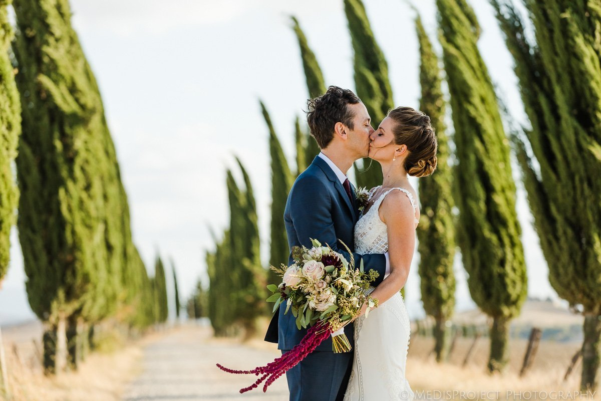 bride and groom's portrait in tuscany