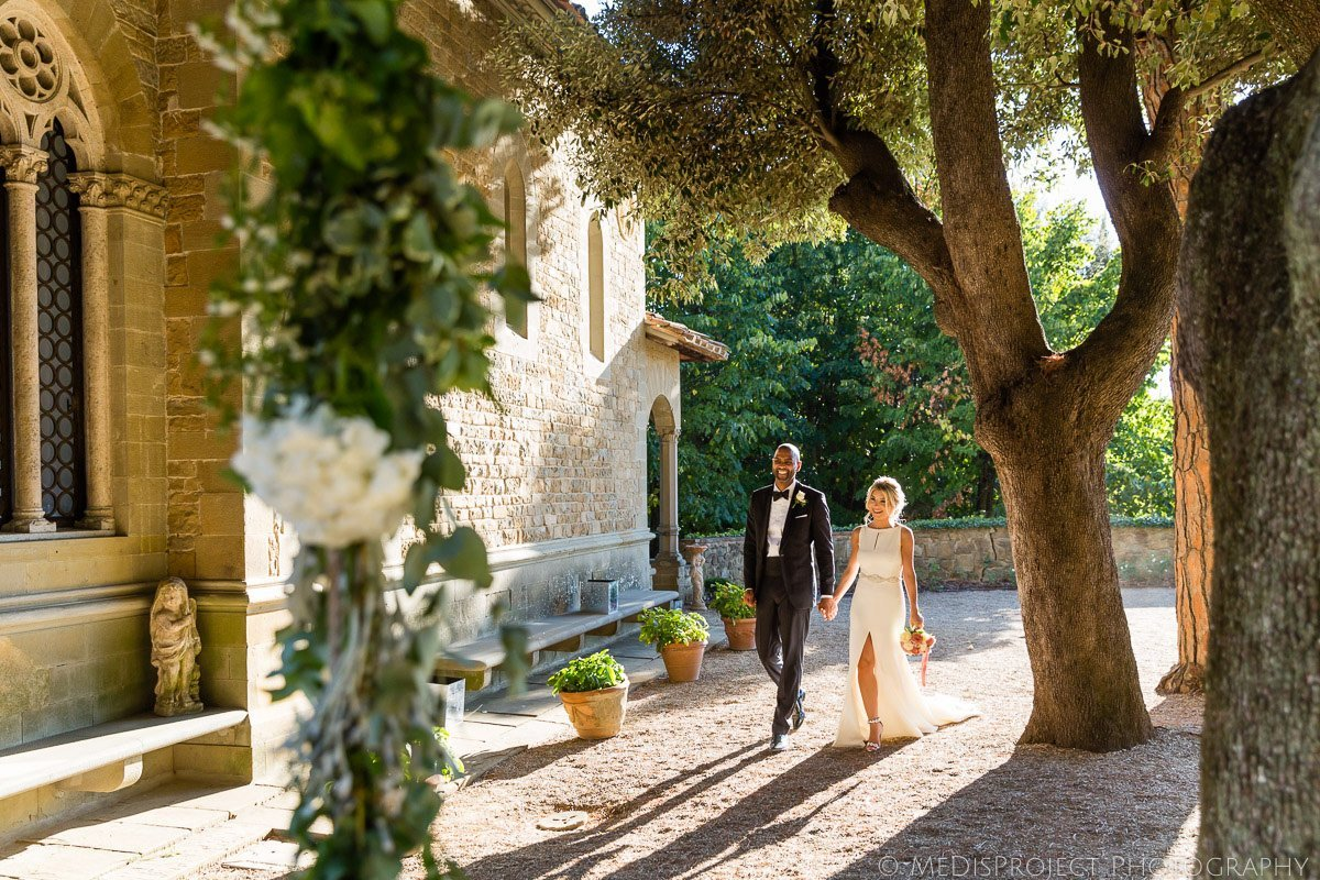 wedding photo session at Villa le Fontanelle in Florence