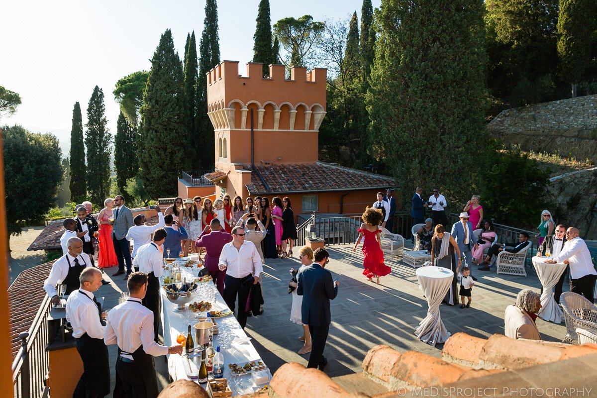 wedding aperitif at villa le Fontanelle Florence