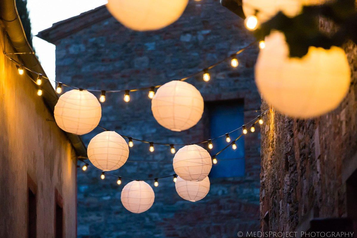 wedding globe lights for dinner decoration