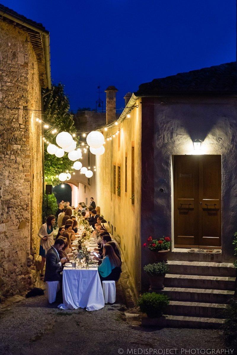outdoor wedding dinner in italy