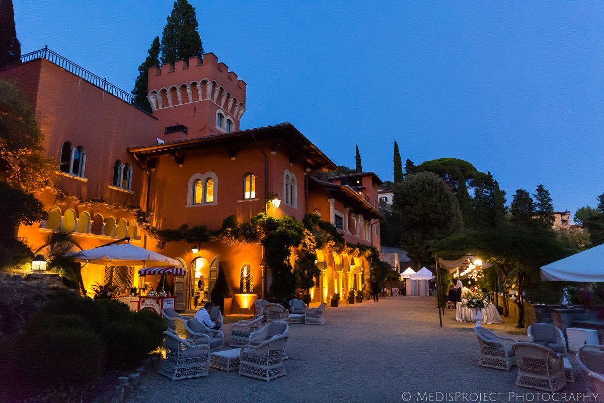 summer wedding party at villa le Fontanelle