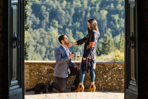 Wedding proposal photographers in Chianti