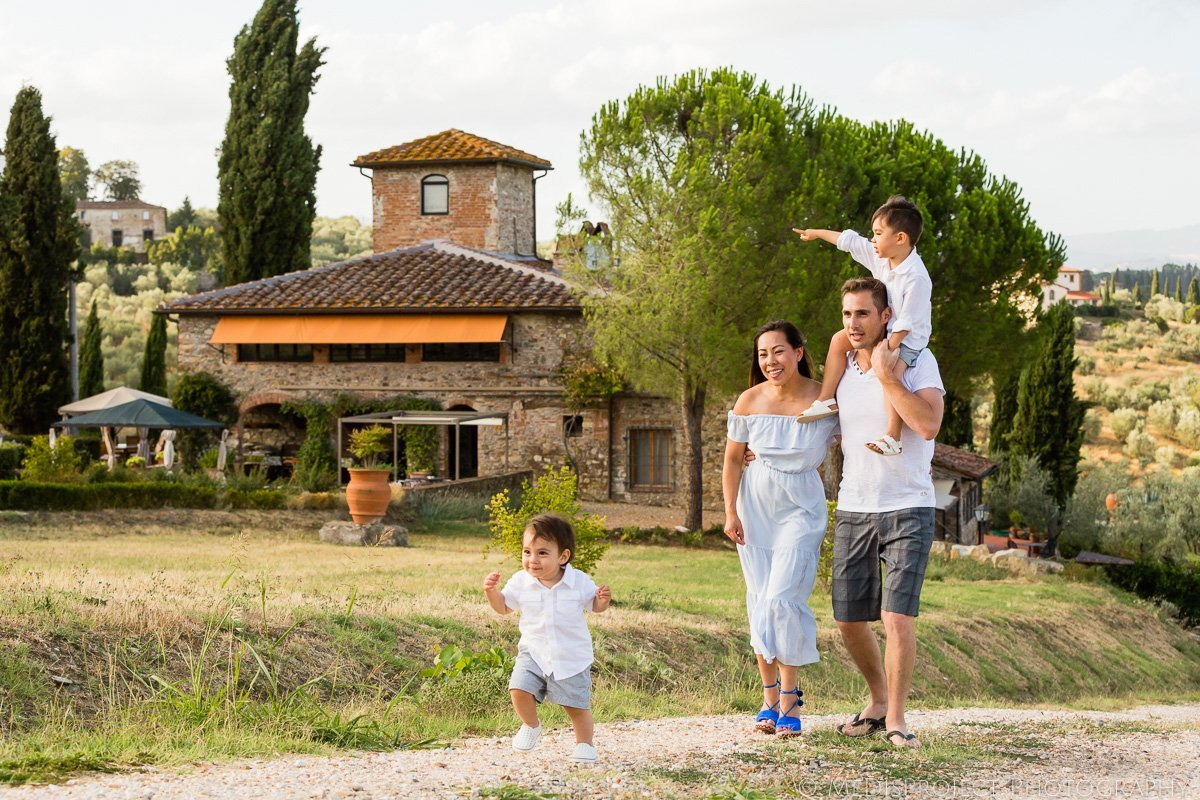 family photo session in VRBO's Villa Murgiano in Florence