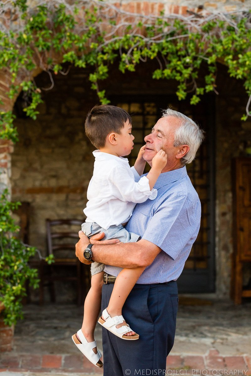 grandfather with nephew during photo session in Florence