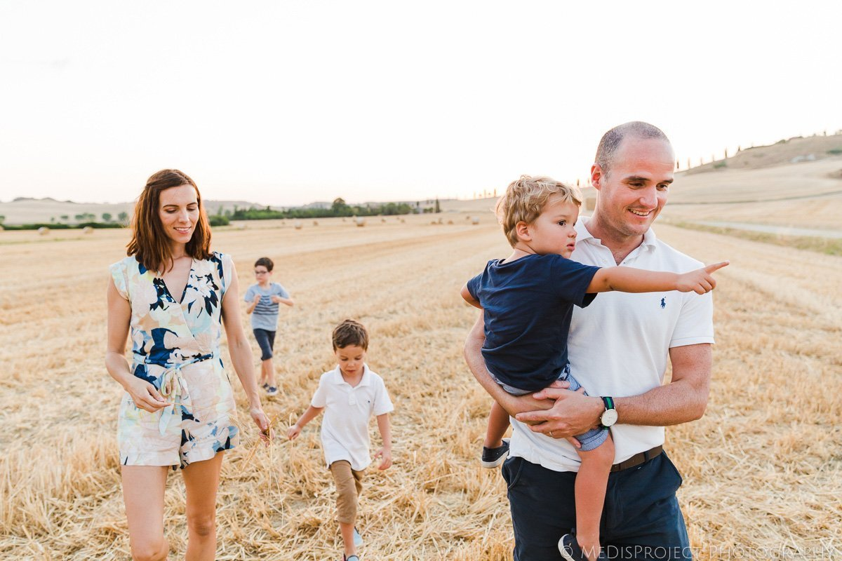 family photo session golden hour